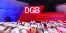 DGB Raute Bühne 21. DGB Bundeskongress